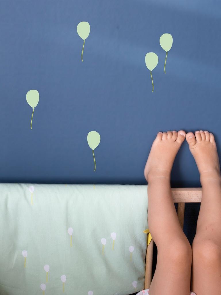 La déco ballon s'envole dans la chambre d'enfant - Joli Place