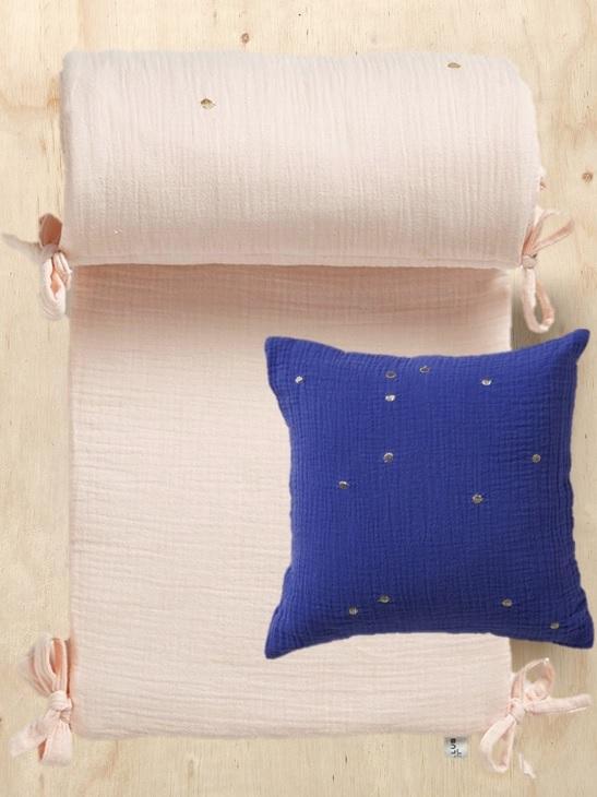 Plumettes du coton gaufr chez les kids joli place - Coussin tour de lit ...