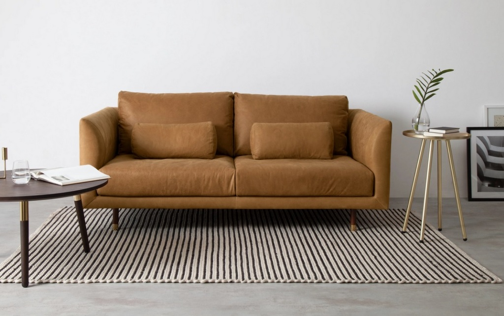 canapé en cuir naturel