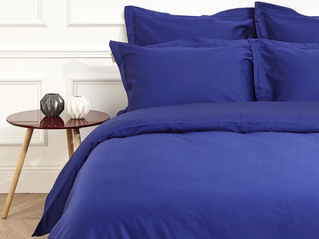 adoptez la d co bleu indigo dans la maison joli place. Black Bedroom Furniture Sets. Home Design Ideas