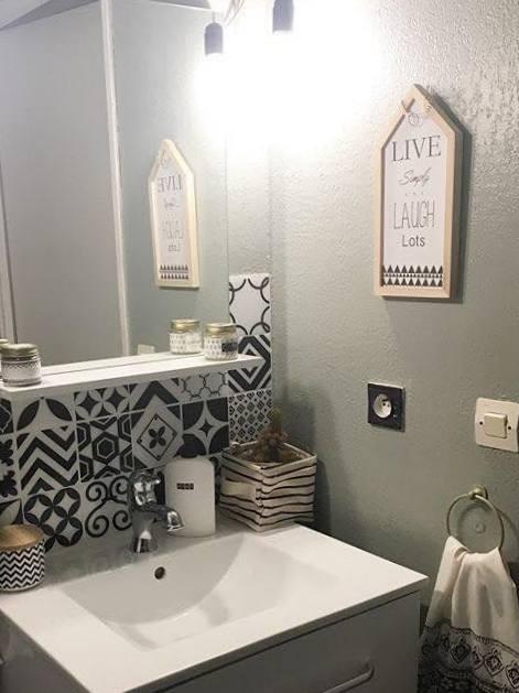 salle de bain kaki
