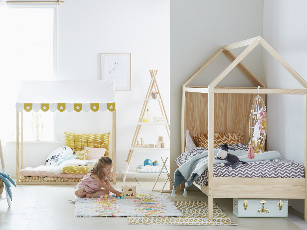 trop chou les meubles enfant en forme de maison et tipi joli place. Black Bedroom Furniture Sets. Home Design Ideas