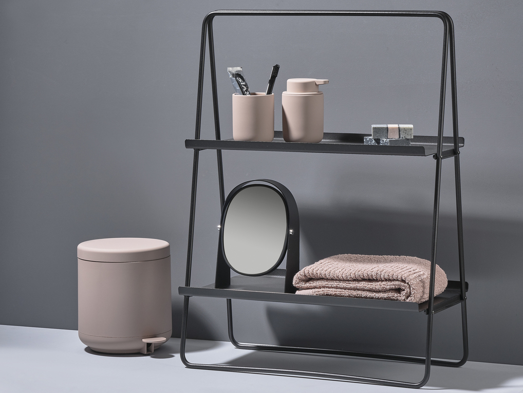 les accessoires de salle de bain design de zone denmark joi place. Black Bedroom Furniture Sets. Home Design Ideas