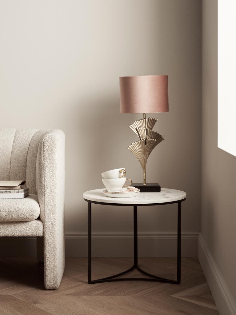 les luminaires et petits meubles h m home joli place. Black Bedroom Furniture Sets. Home Design Ideas