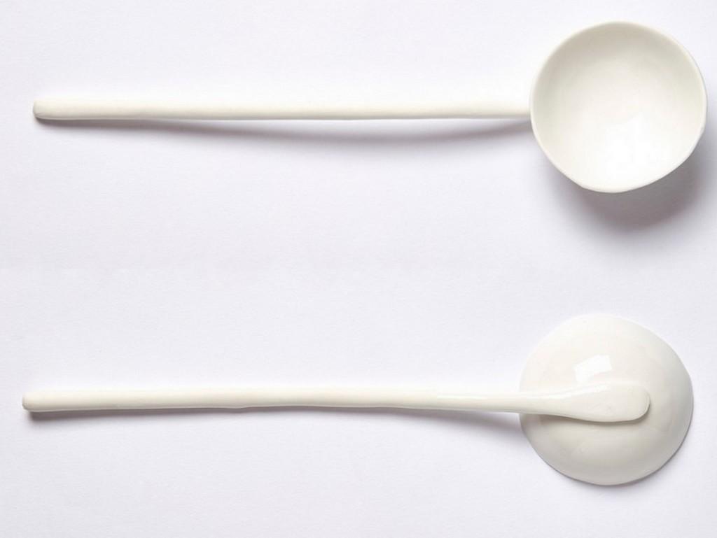 Vaisselle blanche - une table immaculée - Joli Place
