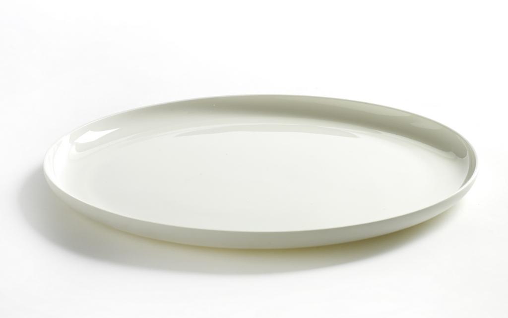 Vaisselle en porcelaine blanche : la délicatesse - Joli Place