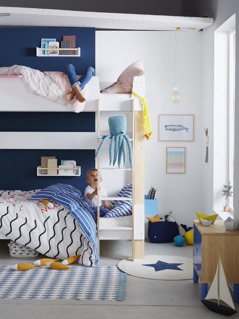 Chambre enfant bleu marine : nos inspirations déco - Joli Place