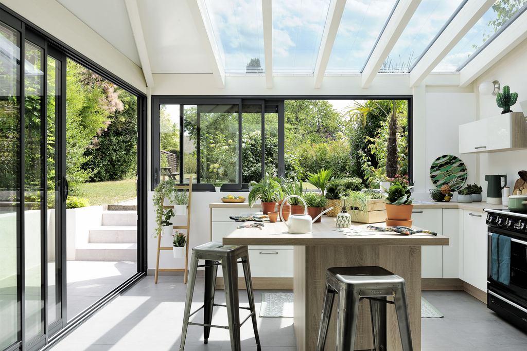 Cuisine sous v randa une id e pour agrandir la maison joli place - Idee pour agrandir sa maison ...