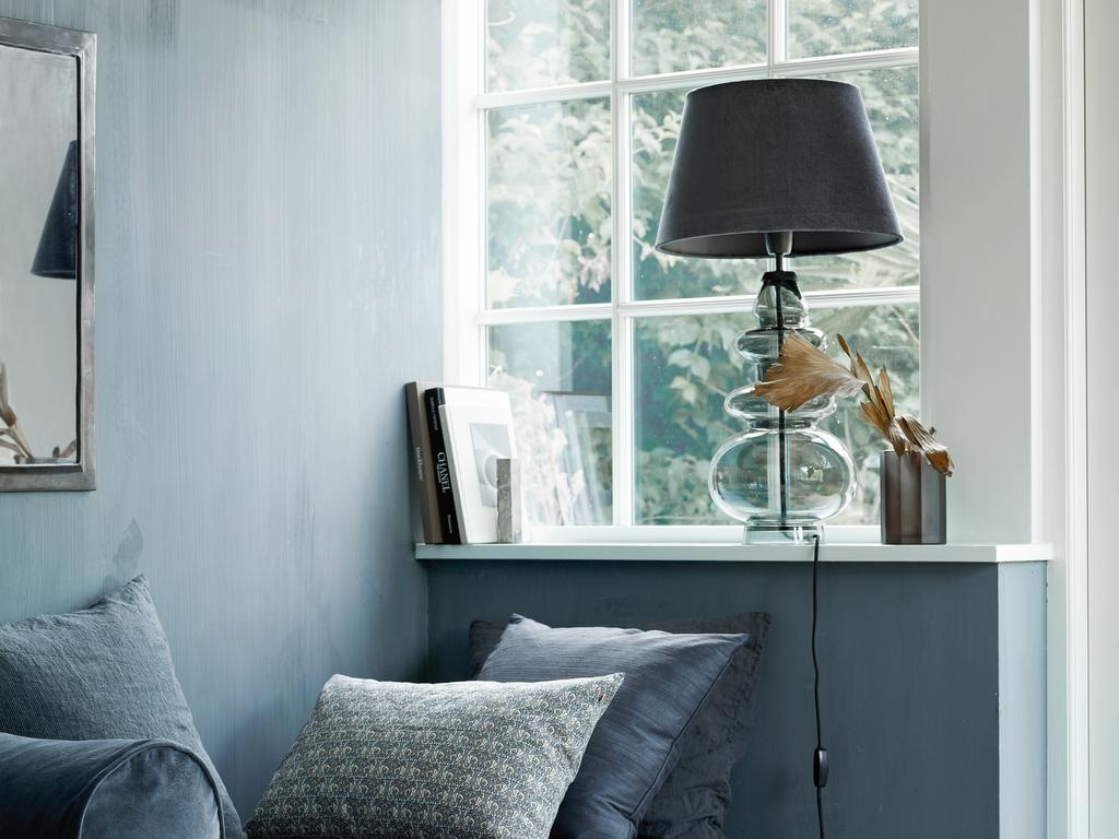 Tendance déco : une grande lampe à poser - Joli Place