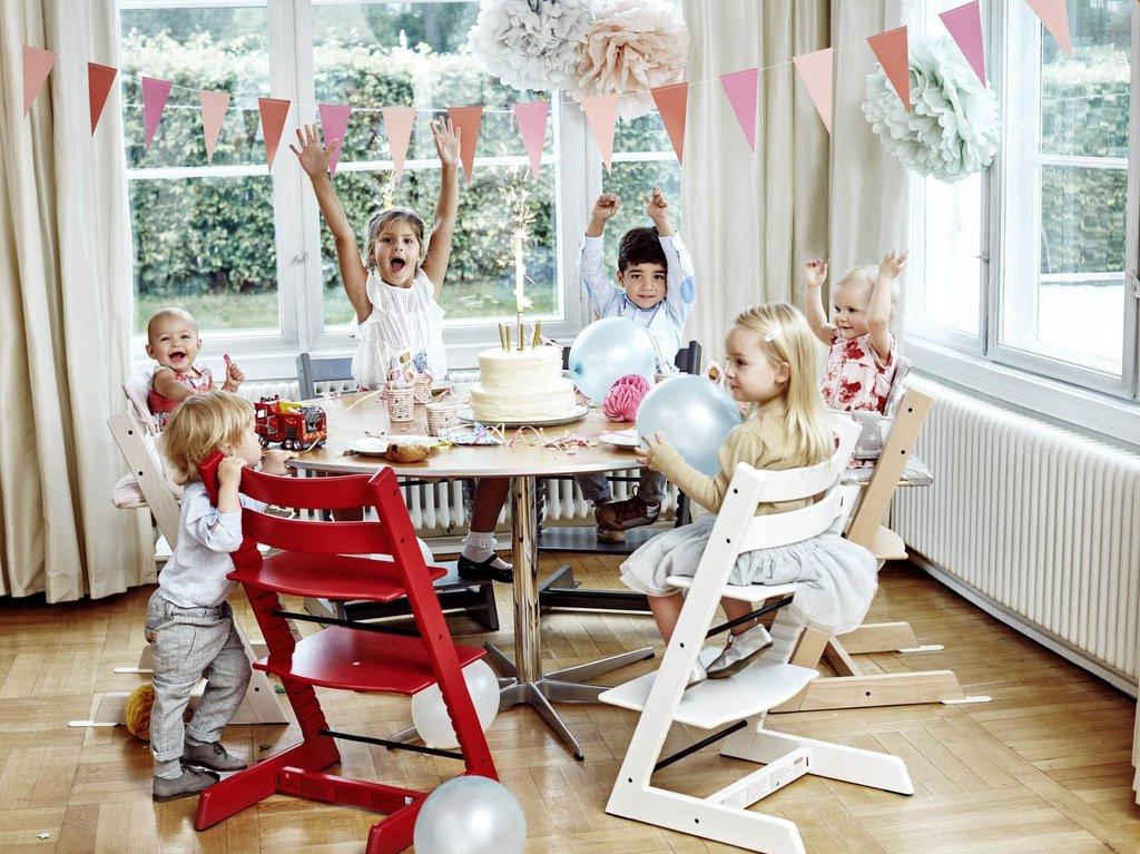 Tripp Trapp, la chaise haute bébé évolutive de Stokke - Joli Place