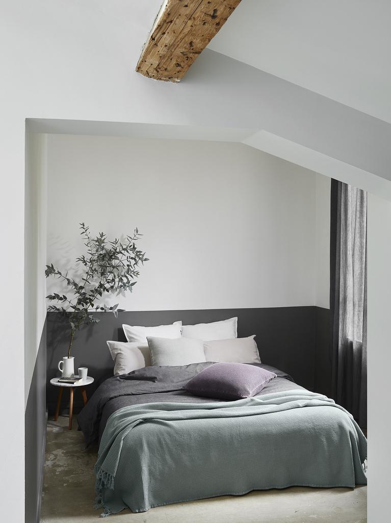 Chambre bleu gris des id es pour la d corer joli place - Chambre bleu gris blanc ...