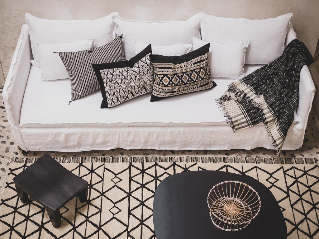 Quelle couleur de coussins avec un canapé blanc - Joli Place