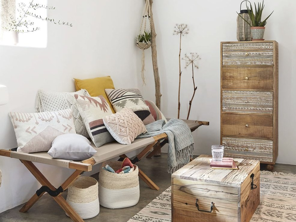 Must-have déco : le lit de camp en bois - Joli Place
