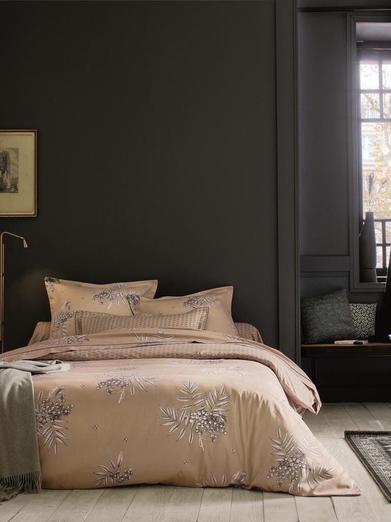 Une chambre couleur foncée, c\'est chic - Joli Place