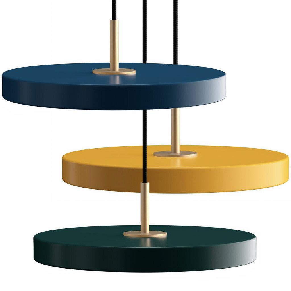 suspensions couleurs différentes