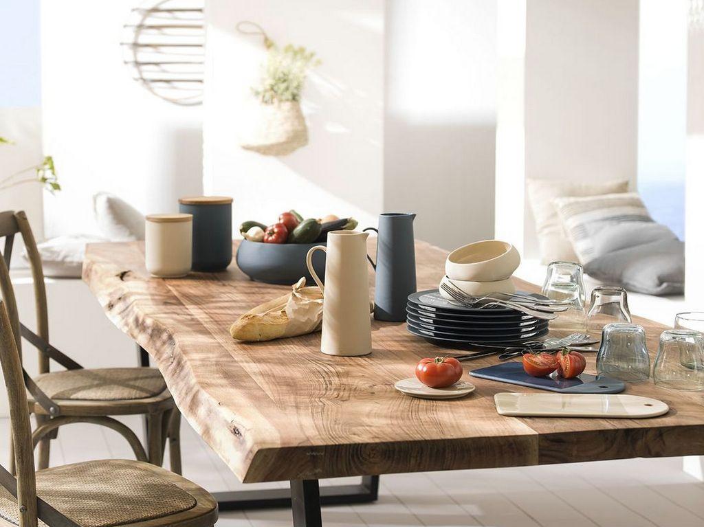 Quelle carafe à eau sur la table - Joli Place