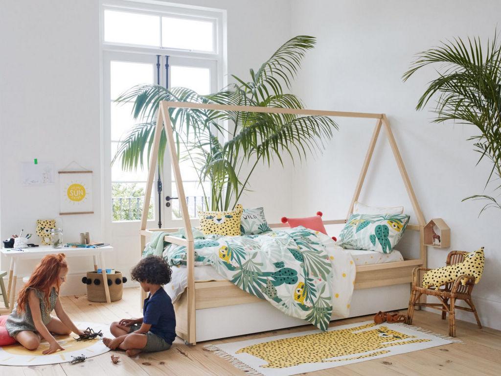 Chambre Lit Cabane Fille une chambre d'enfant avec un lit cabane : 7 idées déco