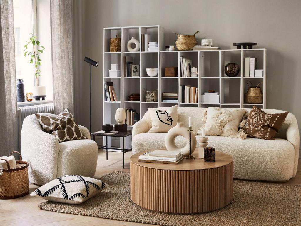 Une décoration salon beige et marron chez H&M home - Joli Place