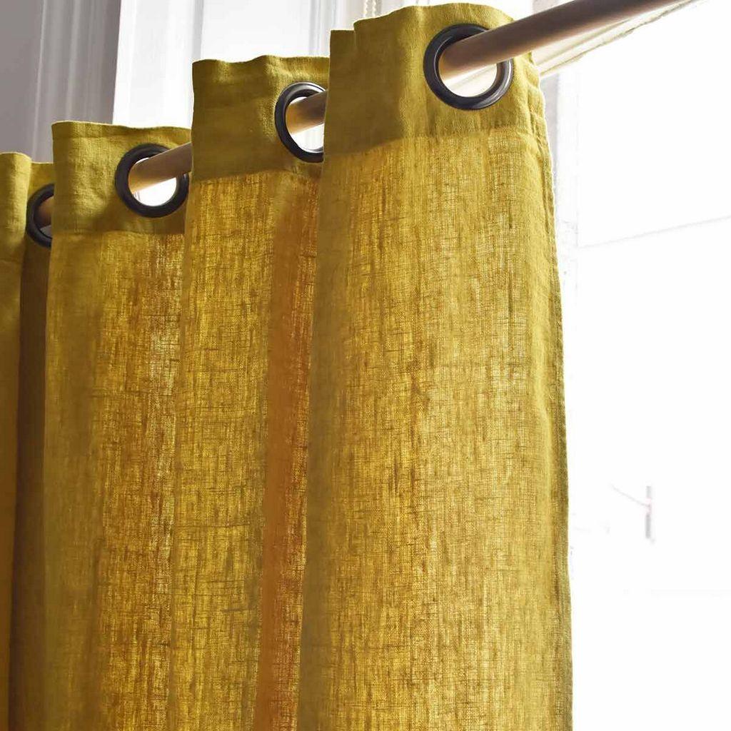 Une déco de printemps en bleu pétrole et jaune - Joli Place