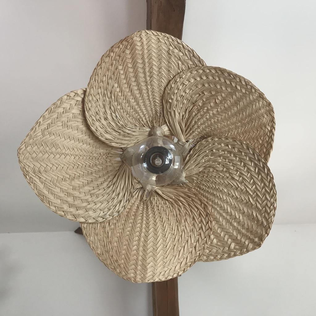 Où trouver une suspension en forme de fleur - Joli Place