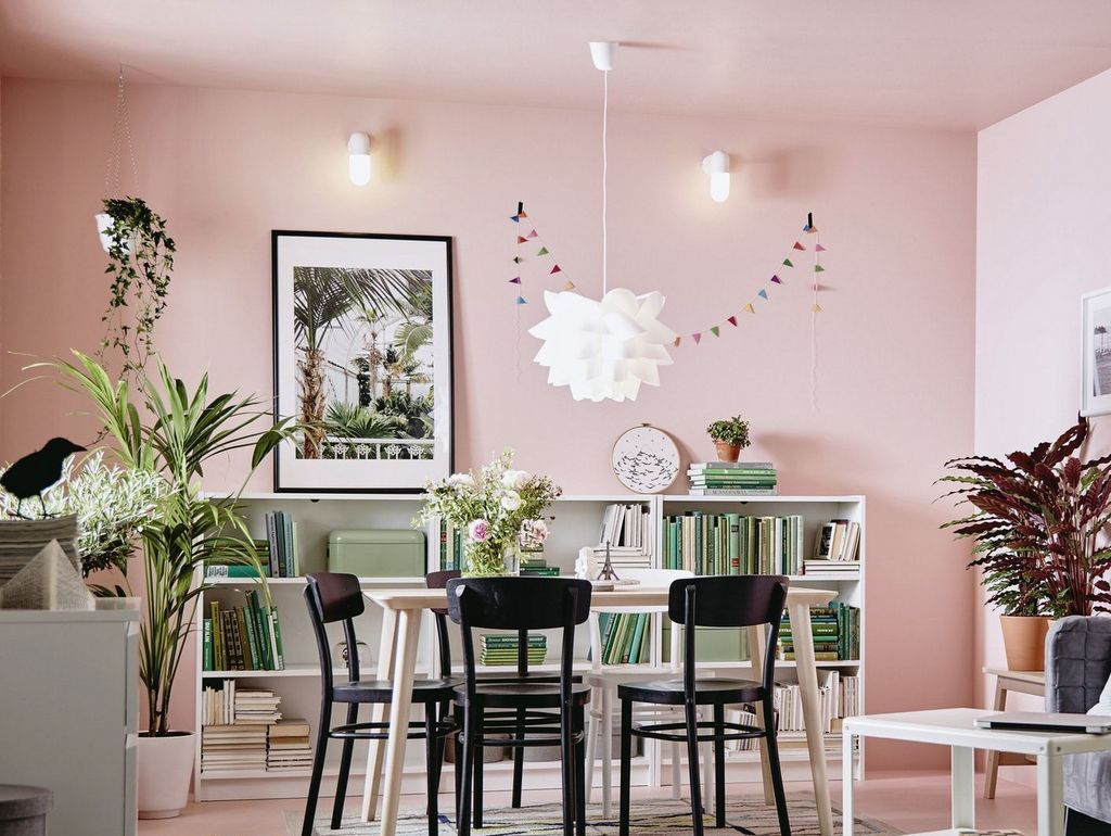 Peindre un plafond en couleur - Joli Place