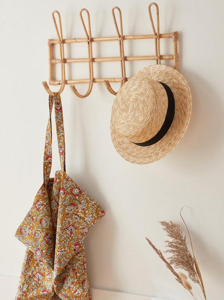 Must-have : le porte-manteau en rotin - Joli Place