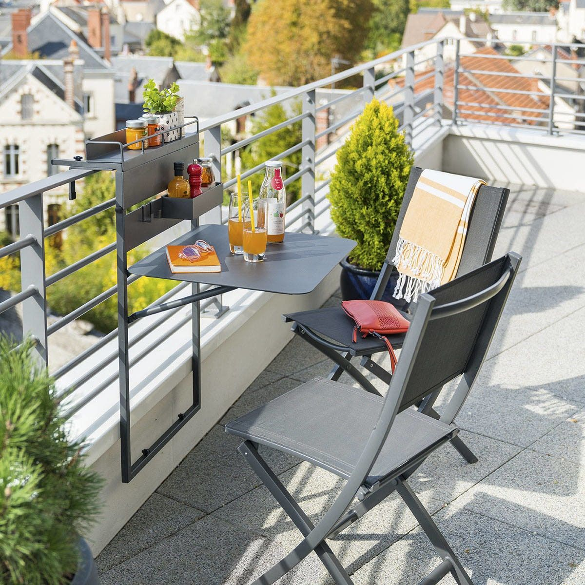table de balcon suspendue