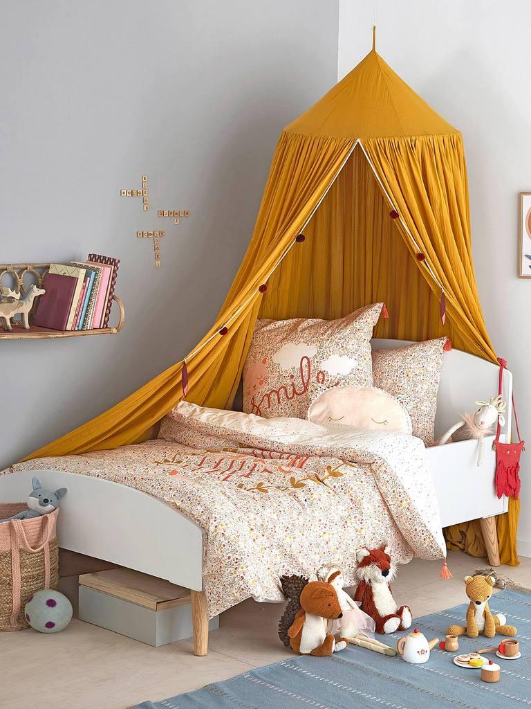 Idées déco pour une chambre enfant jaune - Joli Place