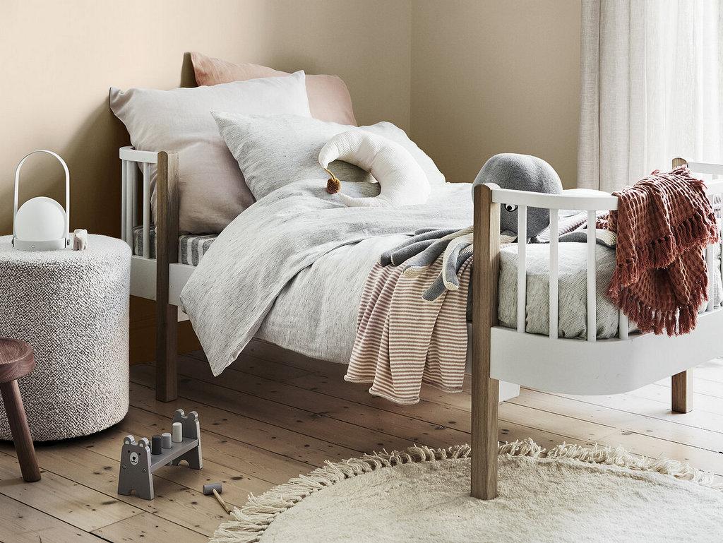 Une chambre enfant beige dont s'inspirer - Joli Place