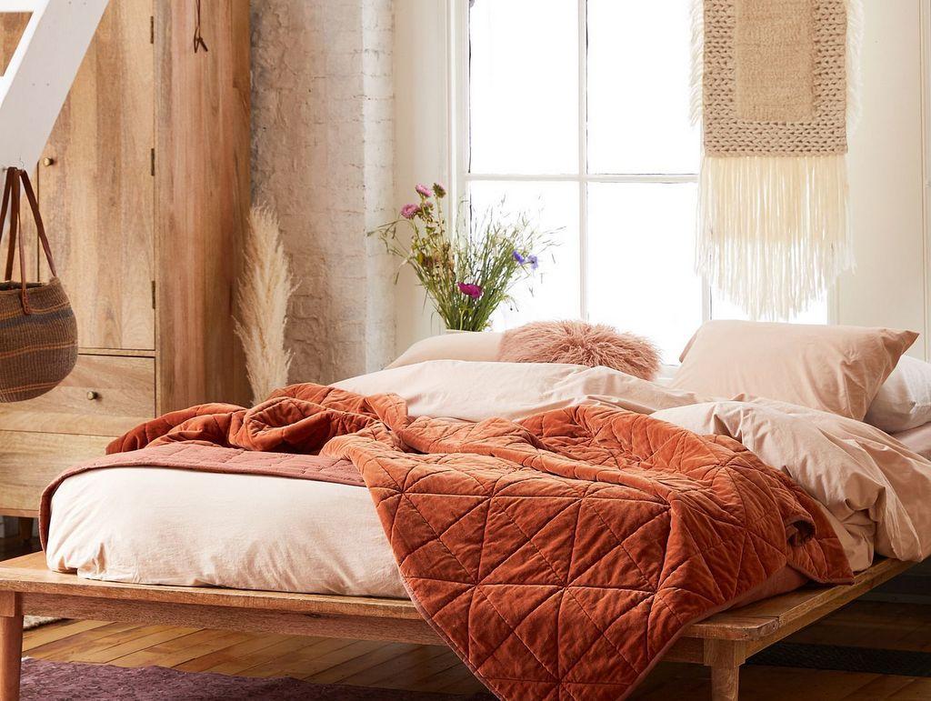 Nuances terracotta dans la chambre - Joli Place