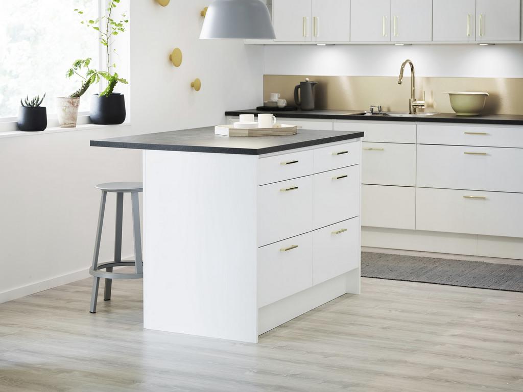 Cuisine design table intégrée