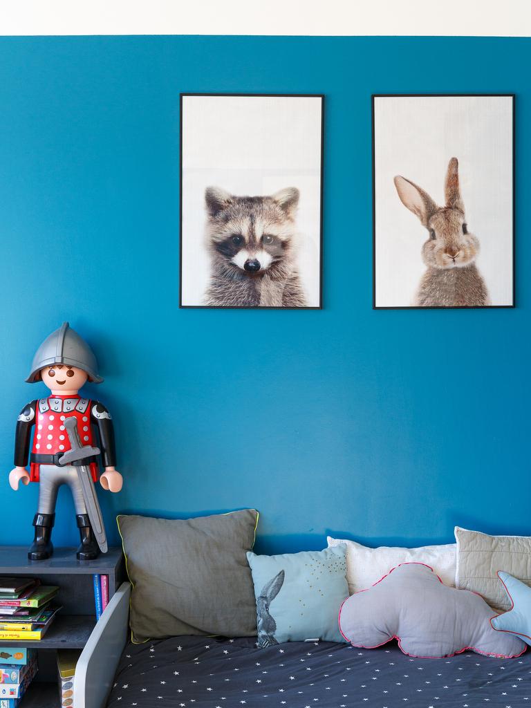 chambre enfant mur bleu canard