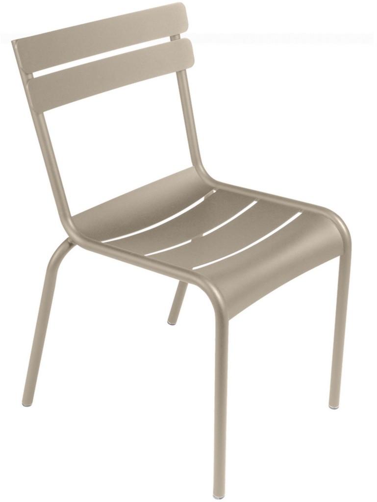 chaise de jardin beige