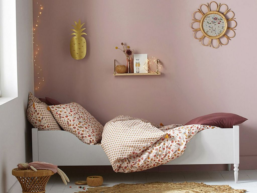 chambre enfant rose et terracotta