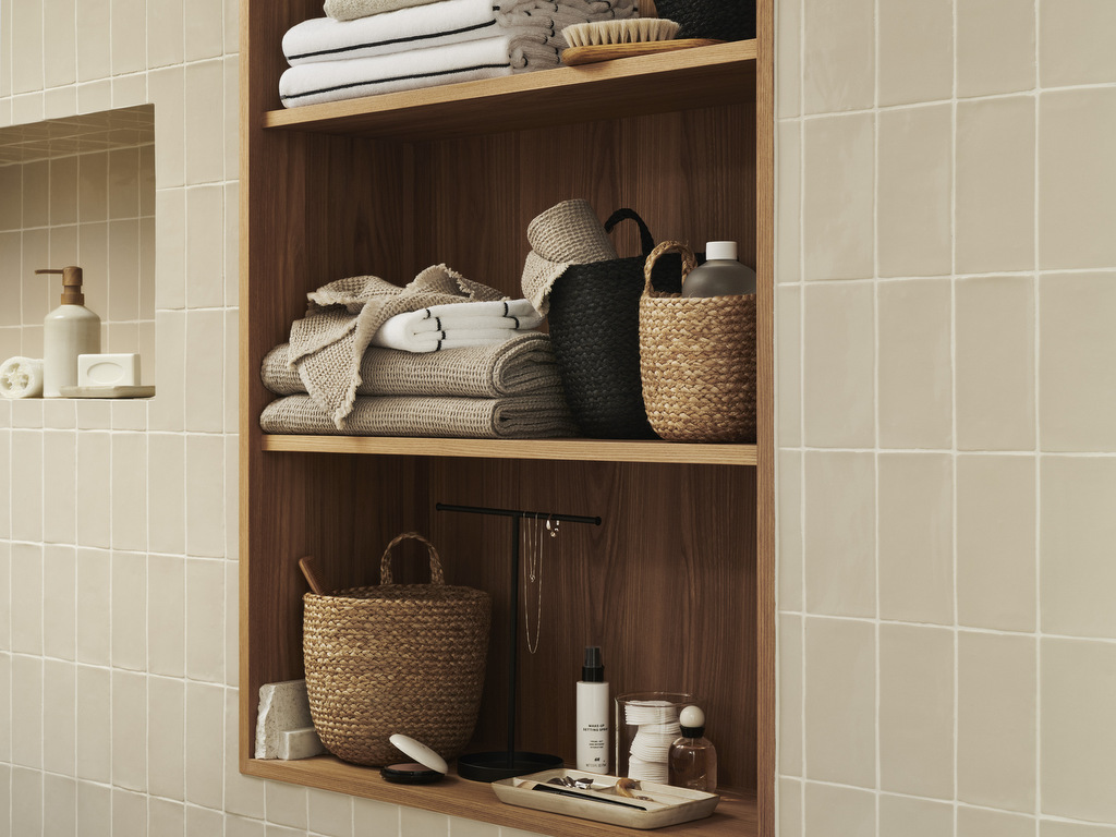 mur beige salle de bain