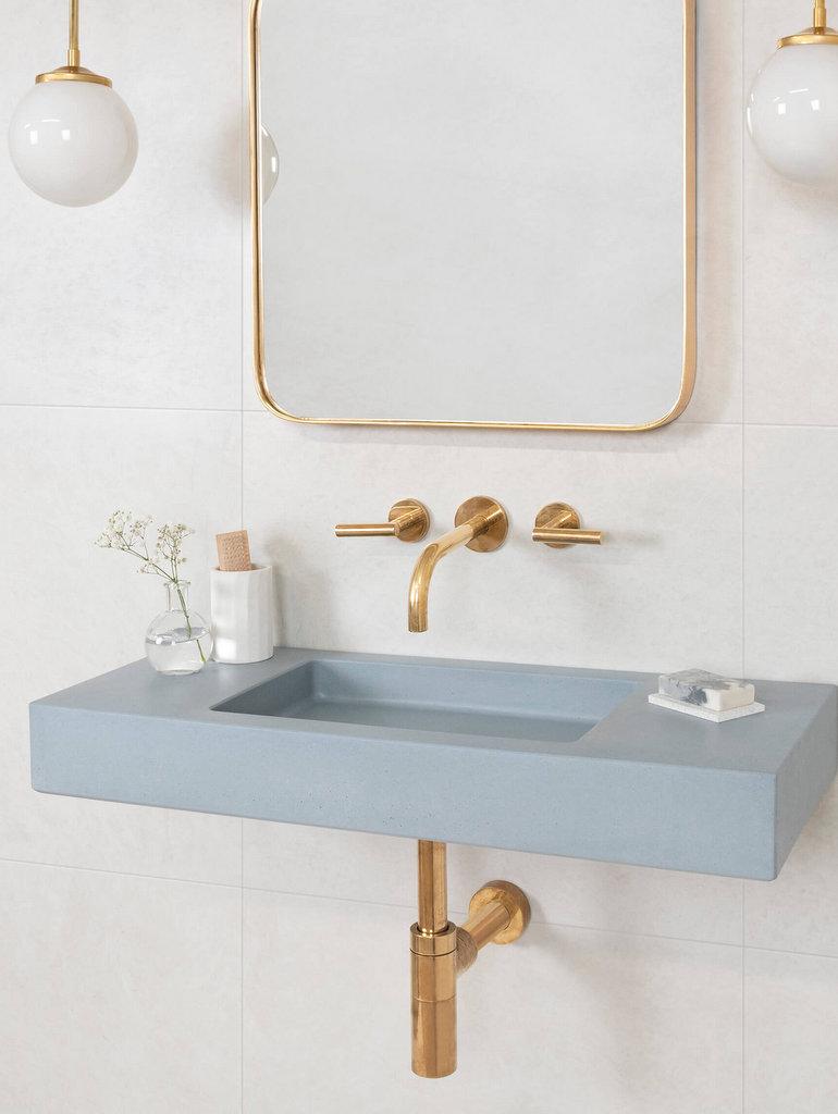lavabo bleu ciel salle de bain