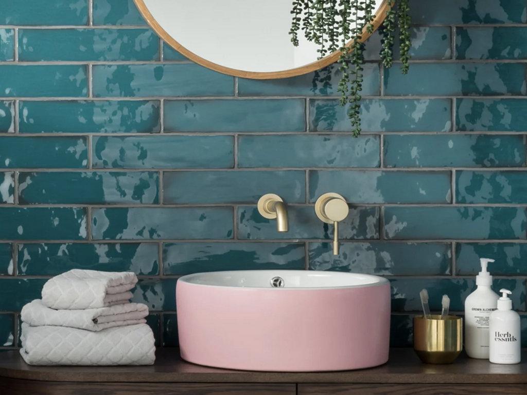 vasque rose salle de bain