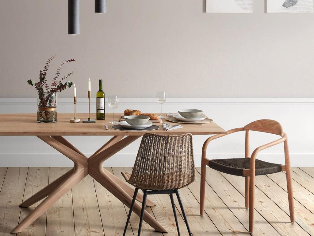 table de repas design en bois