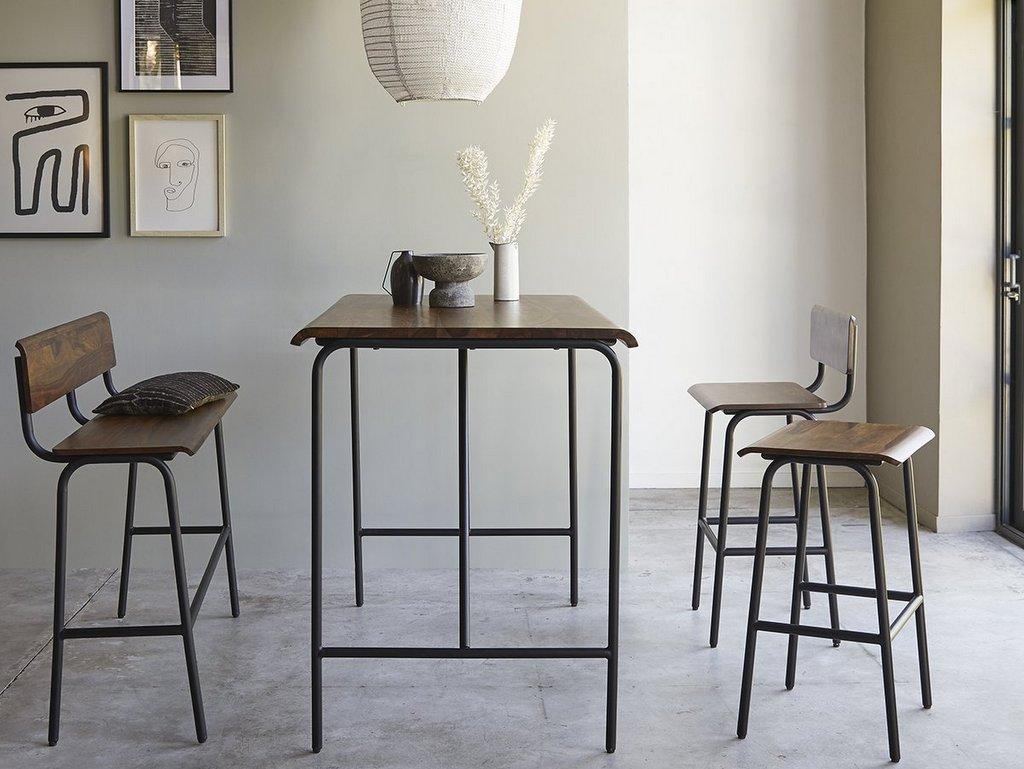 table haute 6 places et chaises de bar