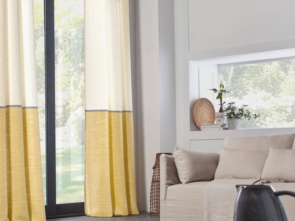 salon beige et jaune clair