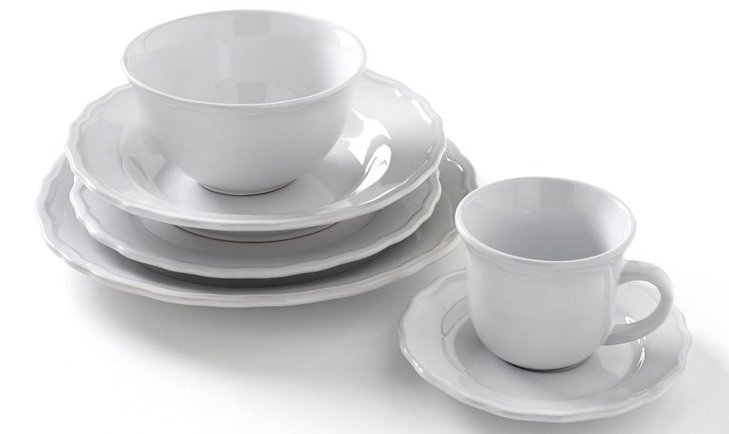 service de table blanc festonné