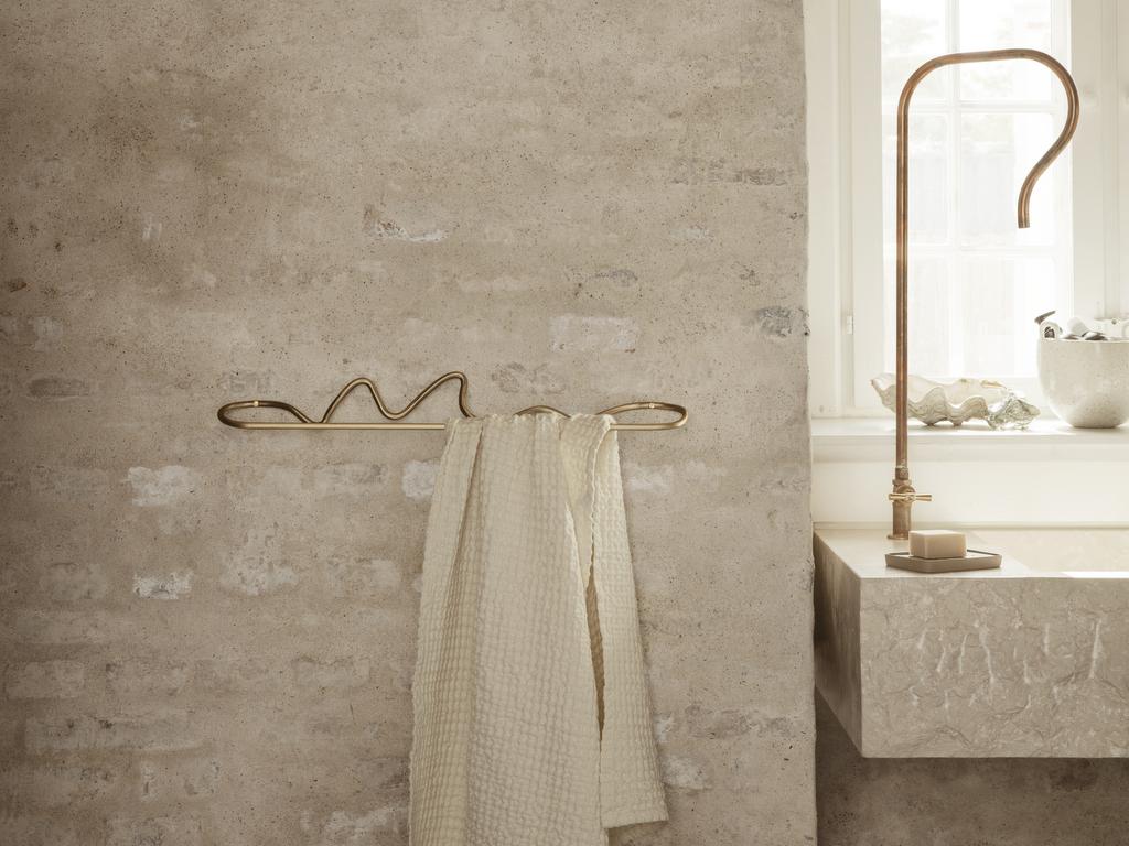 porte serviette mural laiton design