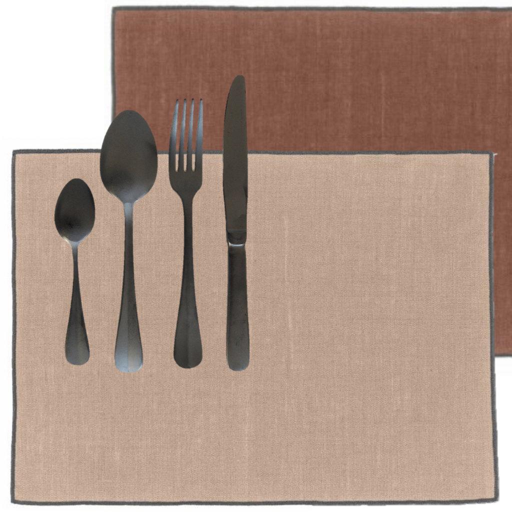 set de table en lin terracotta