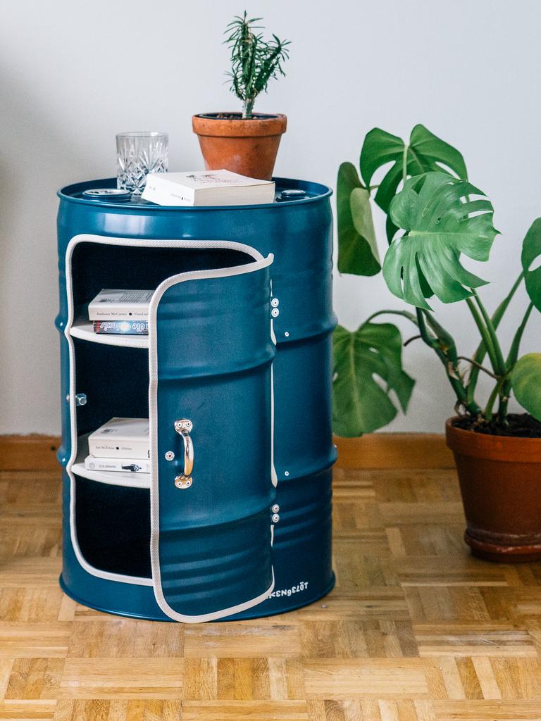 meuble en bidon recyclé