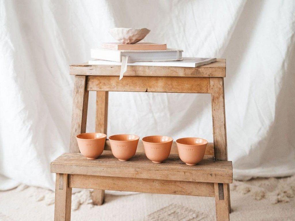 tasses à café en terre cuite