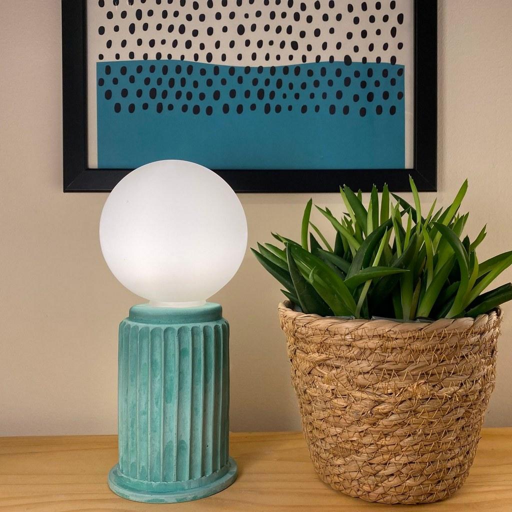 lampe sculpture verte