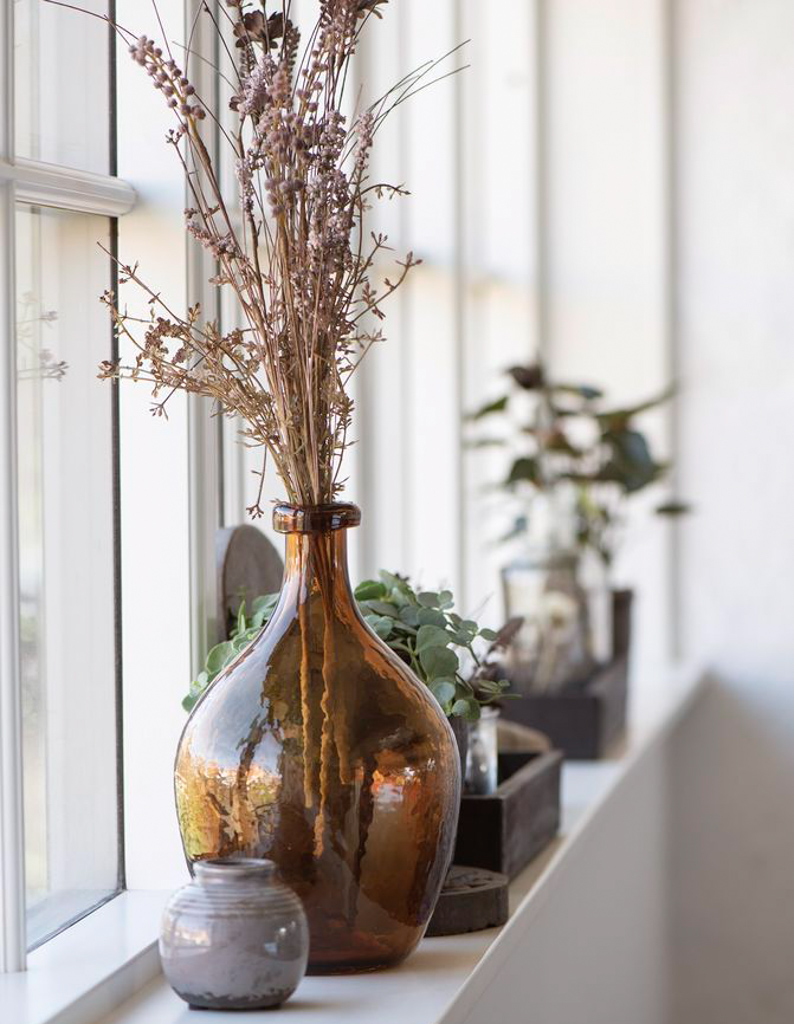 vase en verre ambre